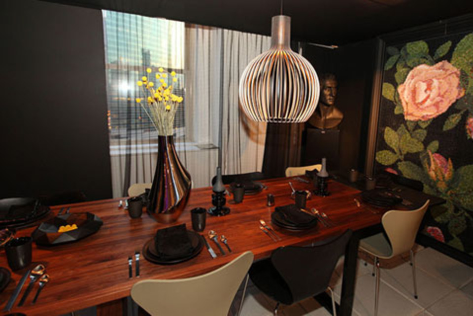 Dark and Moody Accents, Animal-Inspired Decor Appear on Tabletops at Diffa\'s Dining by Design