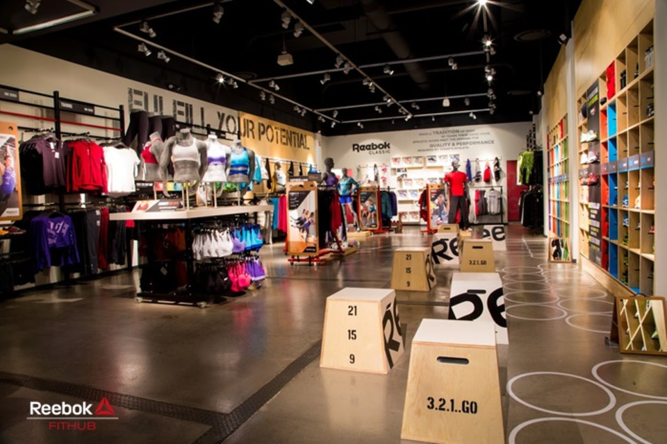 reebok fit hub store crossfit gym opens in new york city interior design shops nyc ... New York City - YouTube · Reebok FitHub reebok store locations nyc