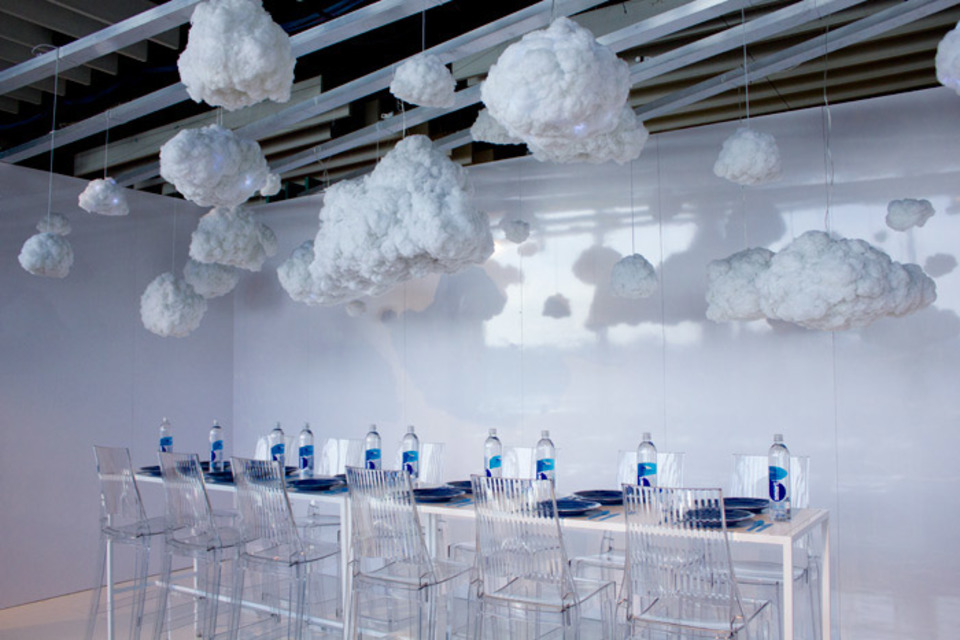 Spring Cleaning: 14 Minimalist Design Ideas for Events