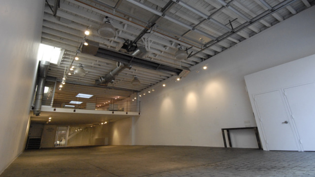 Awesome Showroom Empty Download Free Architecture Designs Scobabritishbridgeorg