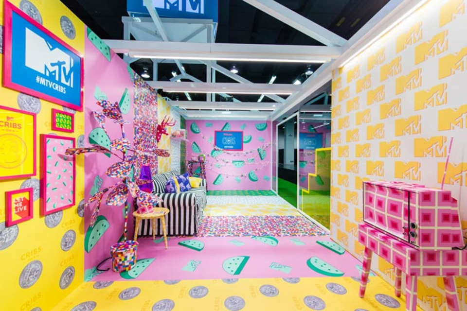 VidCon 2018: 26 Colorful Ways Brands Targeted Generation Z