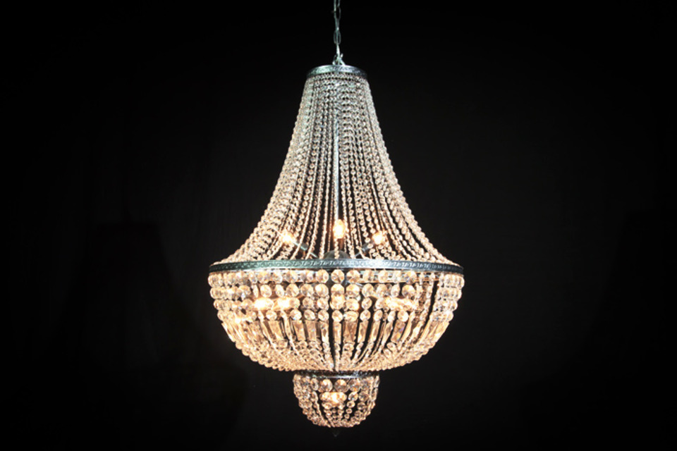 Deco the Walls: 9 Items That Evoke Old Hollywood Glam