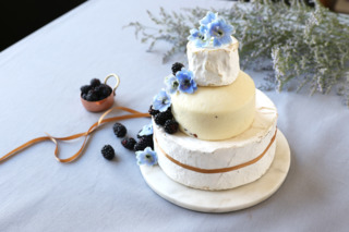 Those Looking For A Savory Alternative To Sweet Wedding Cake Can Find Options At Murrays Cheese The New York Based And Specialty Food Company